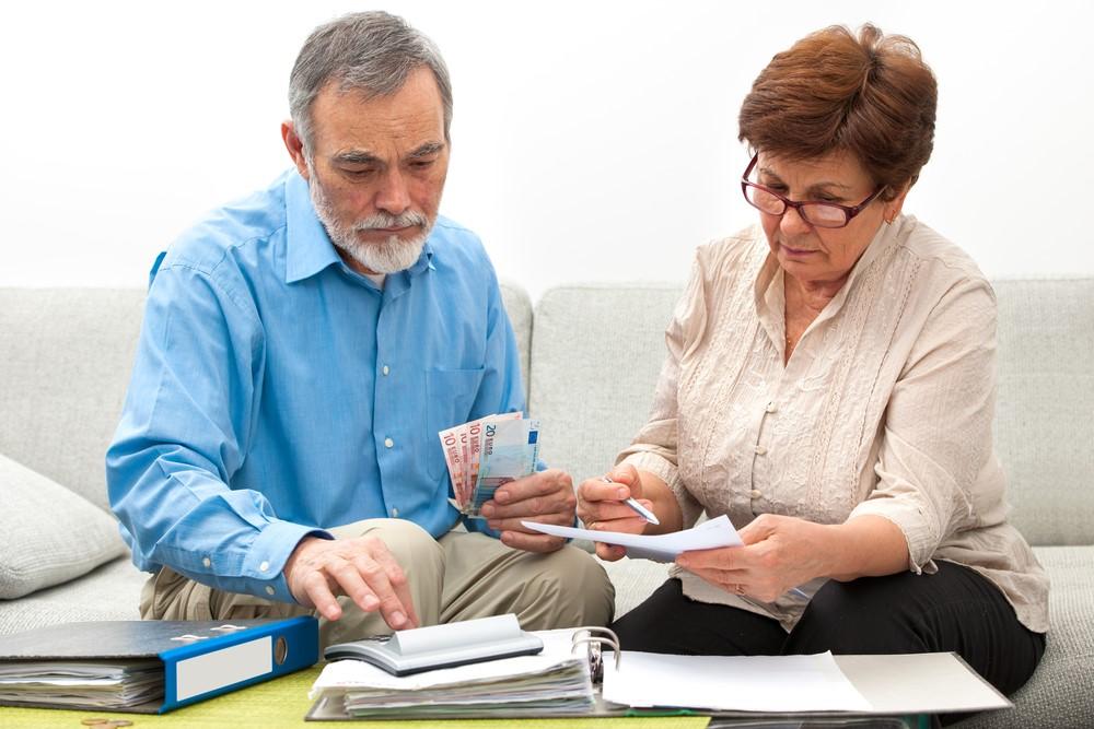 money-management-tips-seniors